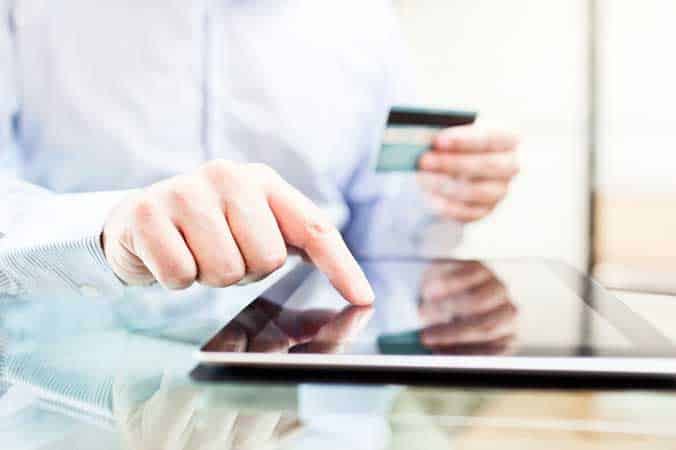 Why E-commerce is a potential goldmine for Earning Above Average Profits?